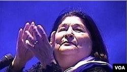 La cantante recién había lanzado un disco nominado a tres premios Latin Grammy.