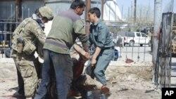 아프가니스탄 파라주 폭탄테러로 인한 부상자 (자료사진)