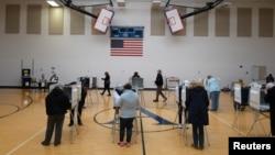 大選日拉開序幕 美選民以選票決定下一任領導人