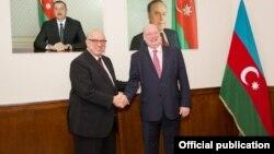 Avropa Komissiyasının baş direktoru Henrik Hololey və AZAL prezidenti Cahangir Əsgərov