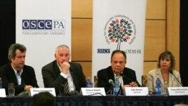 Vëzhguesit: Mosbesimi mes forcave politike e dëmtoi mjedisin zgjedhor
