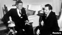 肯尼迪總統1961年在白宮會見蘇聯外長葛羅米科。(肯尼迪總統圖書館提供)