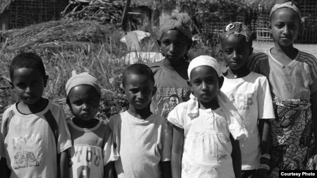 Mbororo children in Cameroon. Credit: Emma Eastwood / MRG
