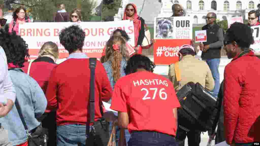 Une manifestation pour réclamer la libération des 276 lycéennes enlevées au Nigéria, Washington, 12 avril 2015.