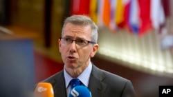 Ông Bernardino Leon, một giới chức EU, phát biểu trước báo giới ngày 19 tháng 8 sau cuộc họp các ngoại trưởng EU về phản ứng của khối trước cuộc đàn áp đẫm máu ở Ai Cập khiến gần 900 người chết.