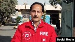 زرتشت احمدی راغب، فعال مدنی و آتش نشان