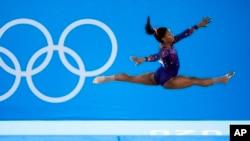 کرونا کے بڑھتے ہوئے کیسز اور لوگوں کی تنقید کے باوجود اولمپکس کے مقابلے جاری ہیں۔