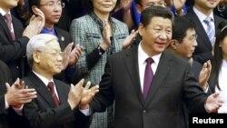 Ông Nguyễn Phú Trọng và Chủ tịch Trung Quốc Tập Cận Bình trong chuyến thăm năm 2015.