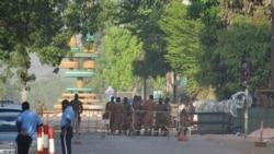 """Os jihaidistas alvejam interesses franceses em Burkina Faso"", diz jornalista"
