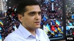 Politoloq Elxan Şahinoğlu