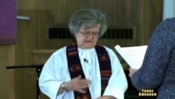 Непомітна стать - Рим ігнорує жінок-священиків