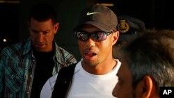 Tiger Woods padece de espasmos en la espalda y no podrá jugar el próximo torneo Arnold Palmer.