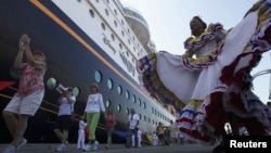 Los cruceros que llegan a la costa atlántica colombiana van en aumento y dejan importantes divisas al turismo nacional.