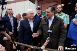 US Republican presidential candidate Ted Cruz is joined by governor Mike Pence at a campaign event at The Mill in Marion, Indiana, May 2, 2016.