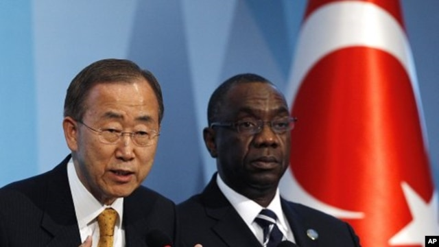United Nations Secretary-General Ban Ki-moon, left, accompanied by Secretary-General of the conference Cheikh Sidi Diarra, attends a news conference during the 4th UN Conference on the Least Developed Countries in Istanbul, Turkey. (File Photo - May 9, 20