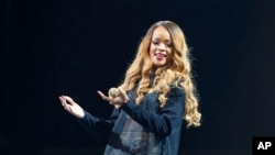 Rihanna performs in concert, May 6, 2013 in Boston.