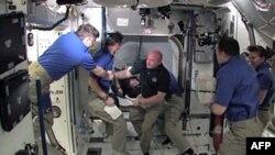 Các phi hành gia trên Trạm Không gian Quốc tế