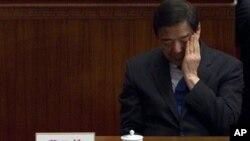 前重慶市黨委書記薄熙來3月13日出席人大會議閉幕會。