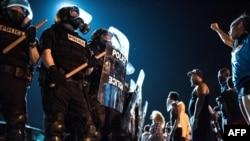 北卡罗来纳州夏洛特市一名黑人被警察击毙引发抗议。(2016年9月21日)