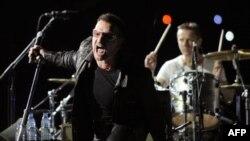 U2'dan Dev İstanbul Konseri