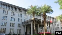 台灣外交部大樓 (美國之音張永泰拍攝)