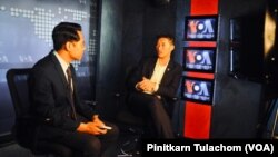 A leader of Future Forward Party, Thanathorn Juangroongruangkit talks with VOA Thai during his visit at Voice of America Headquarter in Washington, DC. July 15, 2019.