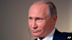 Ruski predsednik Vladimir Putin u intervjuu Blumbergu