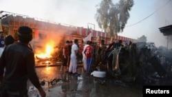 Cuộc tấn công vào đêm thứ Bảy xảy ra khi một xe tải nhỏ phát nổ tại lối vào một chợ bán sỉ rau quả trong thành phố Samarra, Iraq, (12/10/ 2013).