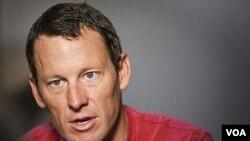 Juara Tour de France 7 kali, Lance Armstrong merasa lega atas dibatalkannya tuntutan kasus doping oleh Kejaksaan AS (foto: dok).