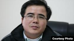 Luật sư Lê Quốc Quân bị bắt nửa năm nay mà người thân vẫn chưa được thăm gặp.