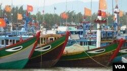 Tàu đánh cá của ngư dân Việt Nam ở Lý Sơn, Quảng Ngãi.