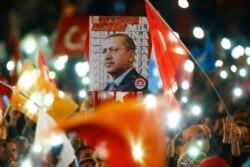 Erdog'an Turkiyani qanchalik o'zgartirmoqchi?