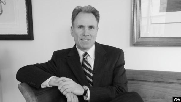 华盛顿市律师马克·汉森