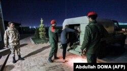 Abarobeli muri Libiya bafashe abacangero i Benghazi