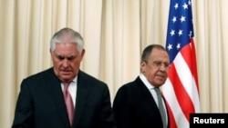Державний секретар США Рекс Тіллерсон і міністр закордонних справ Росії Сергій Лавров у Москві 12 квітня 2017