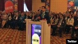 Selahattin Demirtaş, milletvekili dokunulmazlıklarının kaldırılması ile HDP-DBP'li belediyelere kayyum atanmasına karşı 254 sivil toplum kuruluşu tarafından düzenlenen toplantıda konuştu.