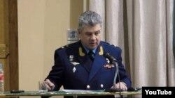 លោកឧត្តមសេនីយ៍ Viktor Bondarev។