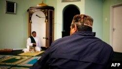 Un imam dans une moquée au Cap, Afrique du Sud, 2 septembre 2016.