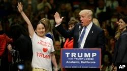 El multimillonario empresario Donald Trump logró los delegados necesarios para la nominación presidencial antes de la convención republicana prevista para julio.