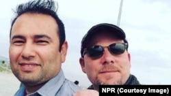 Wartawan AS David Gilkey (kanan) dan penerjemahnya, Zabihullah Tamanna, tewas dalam sebuah serangan di Afghanistan selatan (5/6).
