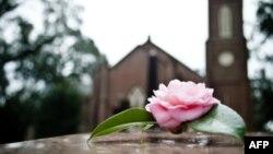 Tại bang Vermont một tang lễ trọn gói cộng thêm tiền đất ở nghĩa trang tốn khoảng 7.000 đôla