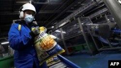 بیلجیم سے سالانہ 53 لاکھ ٹن آلو کے چپس یا فرینچ فرائز سمیت آلو سے بنی دیگر مصنوعات 160 ممالک کو برآمد کی جاتی ہیں۔