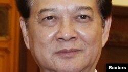 Thủ tướng Việt Nam Nguyễn Tấn Dũng bị kêu gọi từ chức vì những sai sót và yếu kém trong lãnh đạo