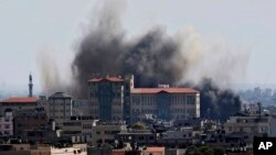 Israel kembali melancarkan serangan misil terhadap kota Gaza, Selasa (15/7).