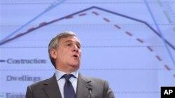 Ông Antonio Tajani, Phó Chủ tịch Ủy Hội Âu Châu, nói rằng EU cũng hy vọng sẽ ký một thỏa thuận thương mại tự do với Việt Nam trước cuối năm 2014