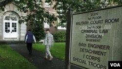 Gedung pengadilan militer AS di negarabagian Washington.