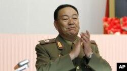 Theo tình báo Hàn Quốc, Bộ trưởng Bộ Quốc phòng Bắc Triều Tiên Hyon Yong Chol dường như đã bị hành quyết tại Bình Nhưỡng hồi cuối tháng Tư.