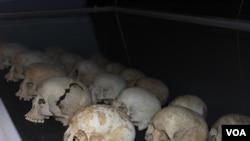 Les restes de victimes du génocides au Rwanda