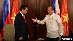 Tổng Thống Philippines Benigno Aquino và Thủ tướng Việt Nam Nguyễn Tấn Dũng.