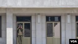 ເຂດປອດທະຫານ DMZ ໃນແຫລມເກົາຫລີ ຍັງ ເຄ່ງຕຶງຢູ່ ຫລັງຈາກ 60 ປີ